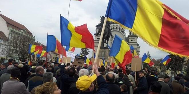 """Târgu-Mureş: """"Manifestare pentru unitate naţională – noi urnim România"""""""