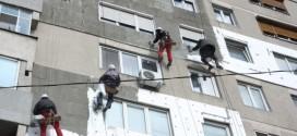 La Miercurea-Ciuc: S-a semnat primul contract Regio pentru reabilitarea termică a blocurilor de locuinţe