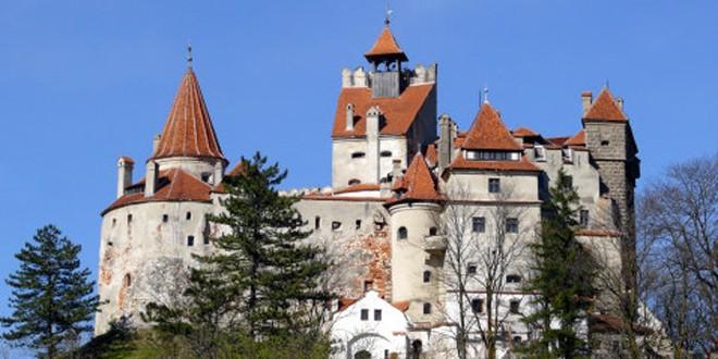 Nu cumpăraţi un castel?