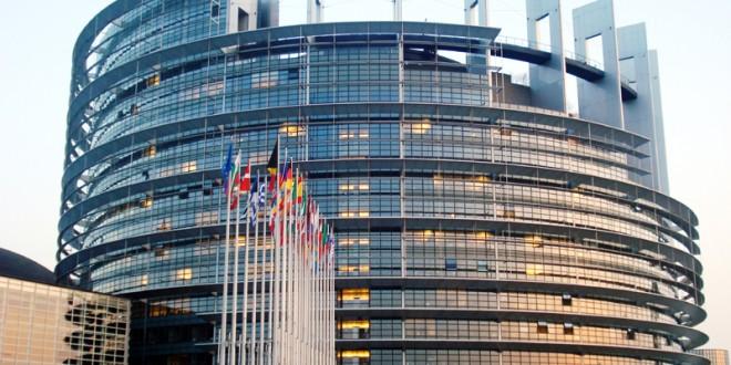 Europarlamentar, din dragoste de ţară
