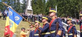 Topliţa: De Ziua Eroilor, militarii care au căzut pentru făurirea României Mari au fost comemoraţi la Monumentul-Mausoleu de la Gura-Secului