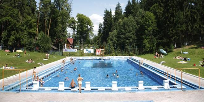 Zona de agrement a municipiului Topliţa îşi schimbă înfăţişarea