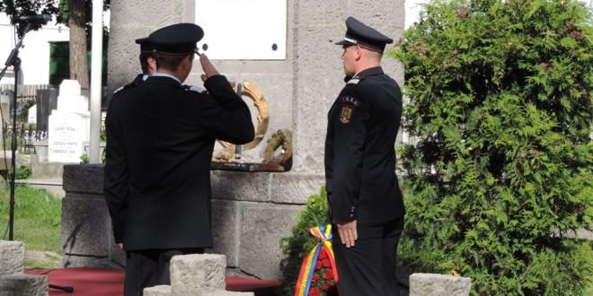 Amintirea luptelor trecute ne îndrumă să convieţuim azi în pace