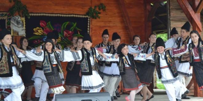 De Rusalii a fost ziua comunei Corbu
