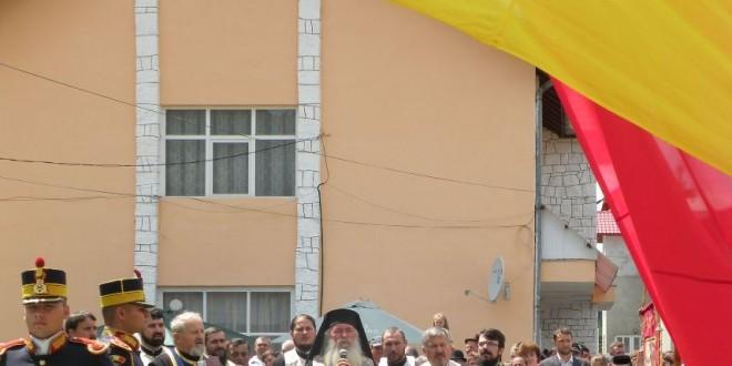 La Tulgheş: Cel mai mare drapel al României din judeţ