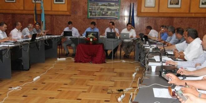 Consiliul Judeţean Harghita: Cei ce au plecat să se reîntoarcă, iar cei rămaşi să nu dorească să emigreze