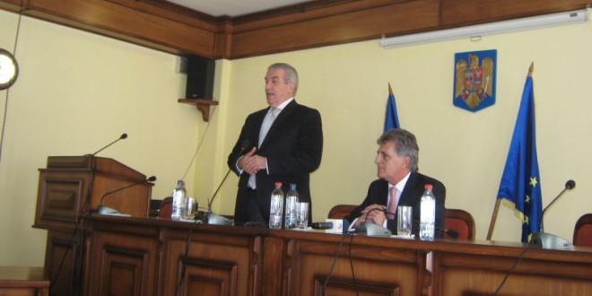 Preşedintele Senatului s-a întâlnit, la Topliţa, cu susţinătorii lui Victor Ponta