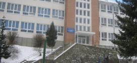 Liceul din Bălan, executat silit de un angajat ce fusese anterior concediat, iar instanţa a anulat decizia instituţiei şcolare