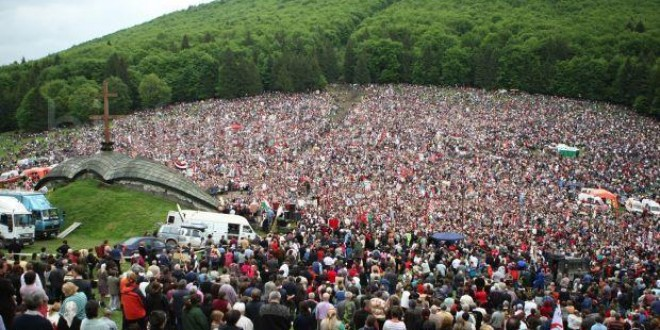 Circa 130.000 de persoane la pelerinajul de la Şumuleu-Ciuc