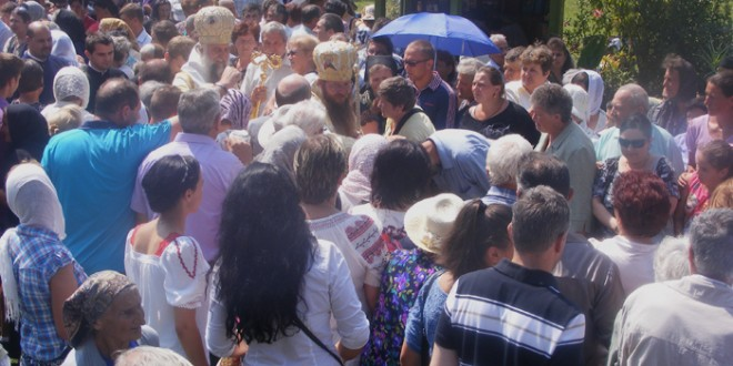 """Rugăciuni şi pentru """"fraţii noştri din Moldova şi Ucraina, care astăzi se află în grea suferinţă"""""""
