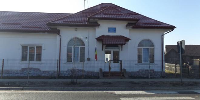 Topliţa: Şcoala unde învaţă copiii rromi (II)
