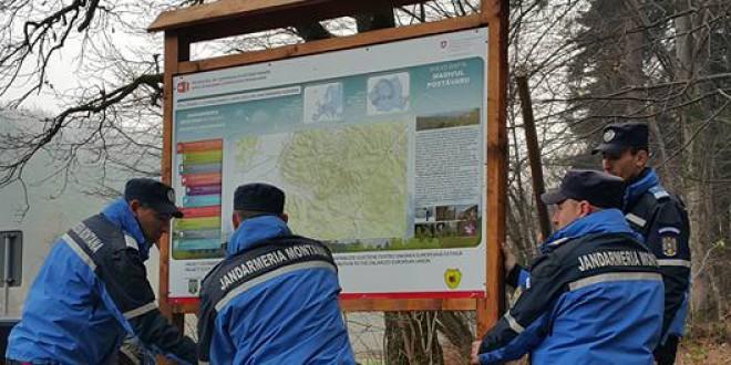 Jandarmeria va monta un panou de informare şi semnalizare turistică în judeţ