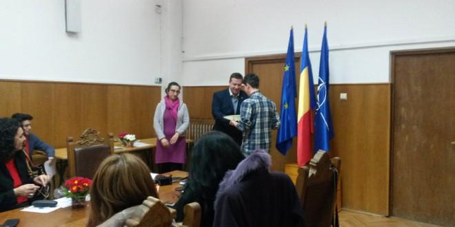 """Au fost premiaţi câştigătorii concursului """"Mesajul meu Antidrog"""""""