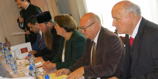În zonă există o propagandă sistematică care nu poate fi demontată decât în astfel de întâlniri, unde se discută aplicat despre ceea ce înseamnă românii din această parte de ţară