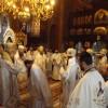Hramul Catedralei Episcopale din Miercurea-Ciuc: Sfânta Liturghie, săvârşită de un sobor de preoţi în frunte cu şase ierarhi