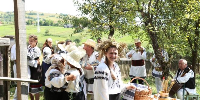 Tradiţii  reconstituite la Sărmaş