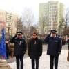 Deputatul Mircea Duşa a criticat faptul că autorităţile locale şi judeţene au lipsit de la manifestări, iar oraşul, din nou, nu a fost pavoazat