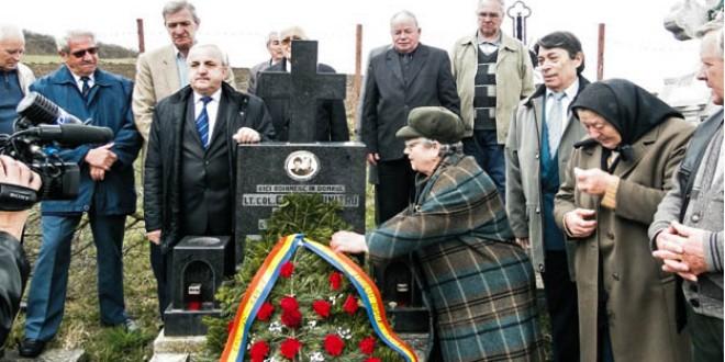 Văduva col. de securitate Dumitru Coman, ucis de extremiştii maghiari la Revoluţie, repusă în drepturi