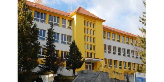 """ANI a sesizat parchetul cu privire la săvârşirea unor posibile fapte penale de către fosta directoare a Liceului Tehnologic ,,Liviu Rebreanu"""" din Bălan"""