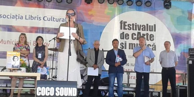 """Braşov: Premiul """"Cartea anului"""" pentru poetul Ionel Simota"""