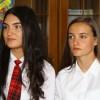 Cele două absolvente care au avut media 10 la Bacalaureat au fost premiate de Inspectoratul Şcolar şi de către Prefectura Harghita