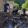 Peste o sută de saci cu gunoi au fost strânşi în urma unei acţiuni de ecologizare pe o porţiune a Râului Bistricioara