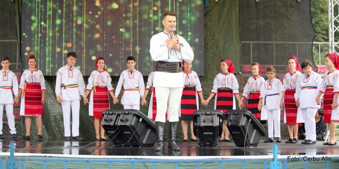 """""""Zilele Tulgheşene"""" sub semnul Centenarului şi a Zilei Imnului Naţional"""