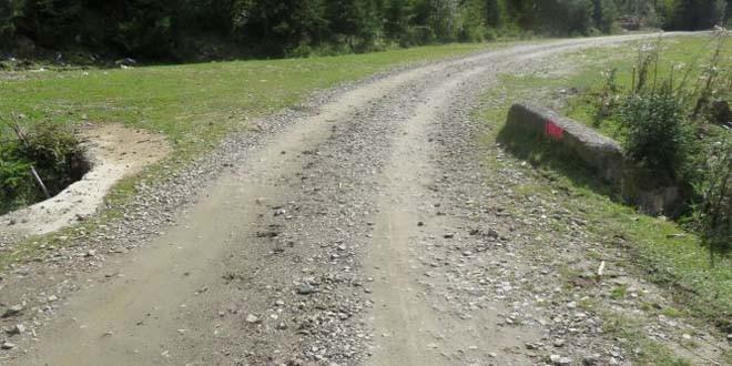 Fonduri Regio pentru asfaltarea drumului de la Bilbor până la intrarea în judeţul Suceava