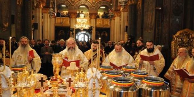 Astăzi se săvârşeşte a 22-a sfinţire a Marelui Mir în Biserica Ortodoxă Română