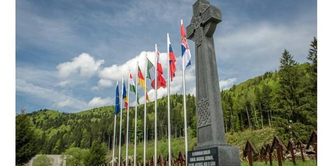 Un partid ungar solicită construirea unei capele catolice în Cimitirul Internaţional din Valea Uzului