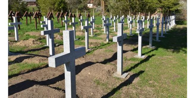 Inaugurarea solei eroilor români înhumaţi în Cimitirul Internaţional de la Valea Uzului, programată la 17 mai, s-a amânat