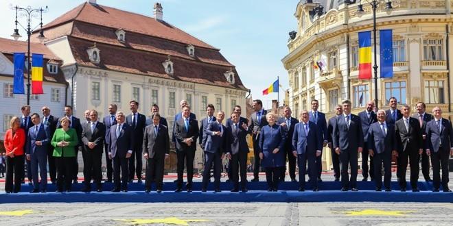 "Klaus Iohannis: ""Astăzi, de Ziua Europei, Europa vine în România"""
