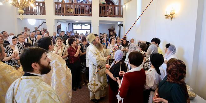 Sfințirea bisericii ortodoxe din Sâncrăieni