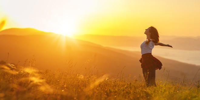 Știai că lucrurile simple aduc fericirea? Ce trebuie să faci ca să fii mulțumit și relaxat?