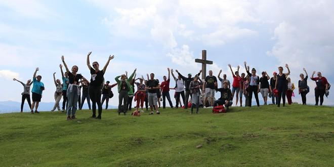 Voluntari în Valea Ghimeşului