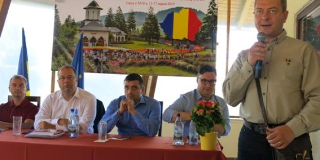 Românii din Covasna, Harghita şi Mureş cer Guvernului României înfiinţarea unei structuri pentru protejarea identităţii culturale şi combaterea discriminării