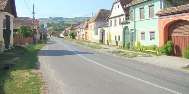 <h5><i>În zona Odorhei, proiectele finalizate ori aflate în diferite stadii sunt finanţate de Guvernul României cu peste 270 milioane de lei (VI):</h5></i>În comunele Dârjiu, Porumbeni şi Vărşag s-au finalizat sau se află în diferite stadii proiecte a căror finanţare din partea statului român depăşeşte 40 milioane de lei