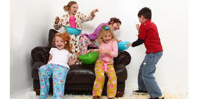 Cum să dai cea mai tare petrecere pentru copilul tău acasă