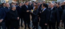 <h6><i>PSD-iștii văd venind cea mai mare înfrângere de după Revoluție</i></h6>Iohannis: PSD bagă în disperare pensionarii cu o minciună gogonată