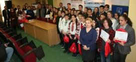 """Premierea concursului judeţean de istorie """"Uniţi în cuget şi-n simţiri"""", ediţia a V-a"""