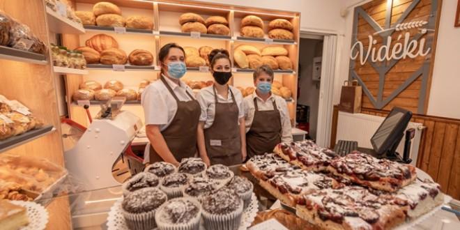 Un nou magazin de pâine, patiserie şi cofetărie la Miercurea Ciuc