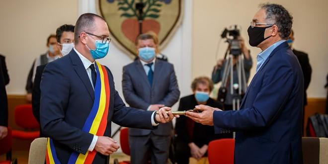 """Primarul Korodi Attila: """"Voi începe prin a deschide uşile Primăriei pentru comunitate"""""""