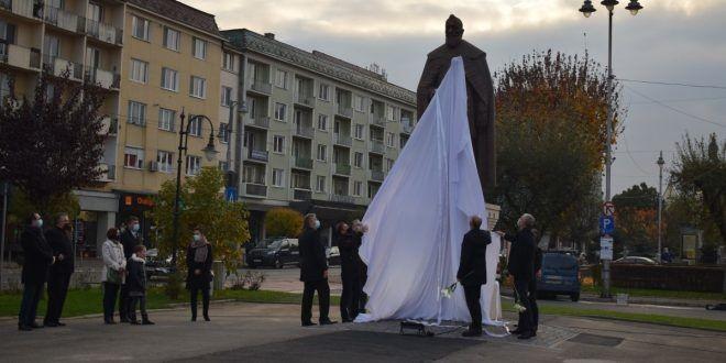 """Secretarul de stat ungar Potápi Árpád sugerează că Târgu Mureşul ar fi fost """"eliberat"""" după ce primăria şi preşedinţia consiliului judeţean au fost câştigate de candidaţii UDMR"""