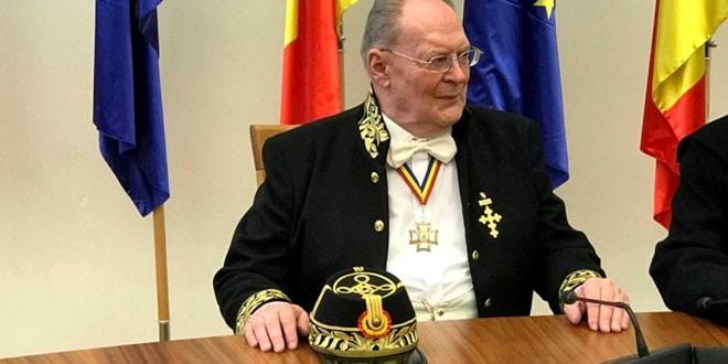 <h5><i>In memoriam</i></h5> Acad. Alexandru Surdu (1938-2020) – un statornic susţinător al dăinuirii culturii româneşti din judeţele Covasna şi Harghita