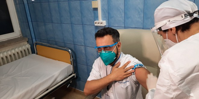A început campania de vaccinare anti-COVID în Harghita