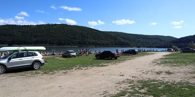 Tânărul înecat în lacul de la Zetea a fost găsit la 10 metri adâncime