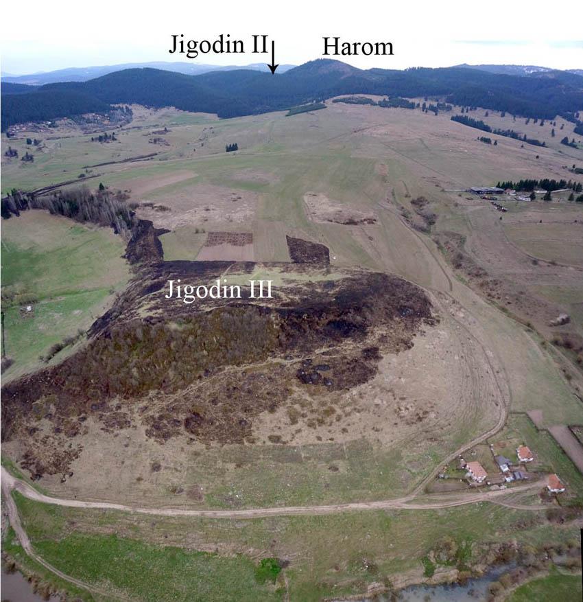 Jigodin III – vedere spre sud-vest a fortificaţiilor dacice