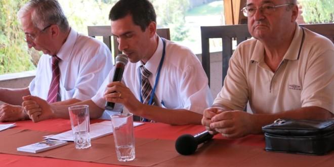 Teme dezbătute la Universitatea de Vară Izvoru-Mureşului: Romano-catolicii din Moldova în faţa presiunilor de maghiarizare (2)