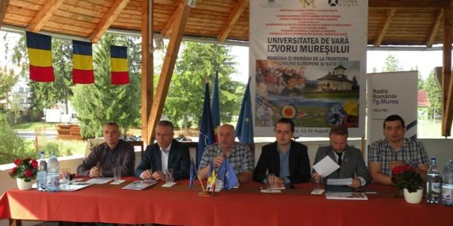 De multe ori, românii din Harghita şi Covasna se simt minoritari în propria lor ţară, la fel ca şi românii din afara graniţelor