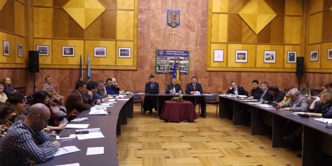 Urşii harghiteni au ajuns în dezbaterea Colegiului Prefectural (III)